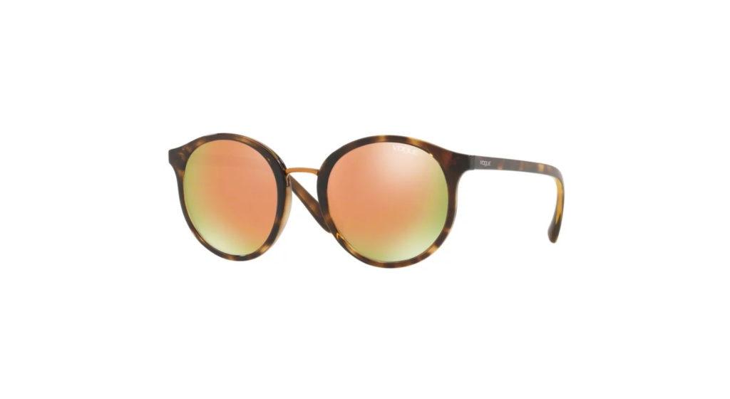 Imagem de óculos de sol Vogue Tartaruga com lente espelhada